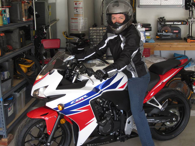 learning to ride the right way molly honda cbr500r
