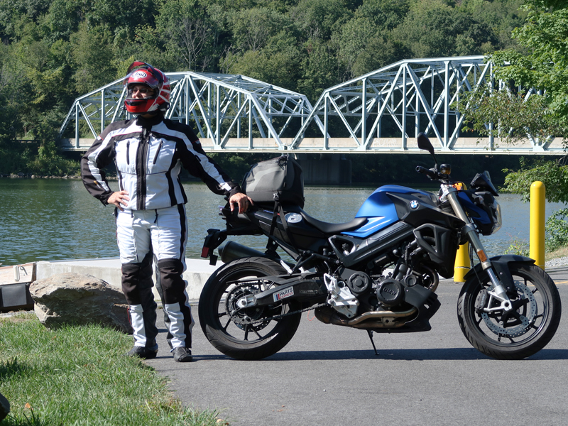 affordable techncial 4 season motorcycle riding suit