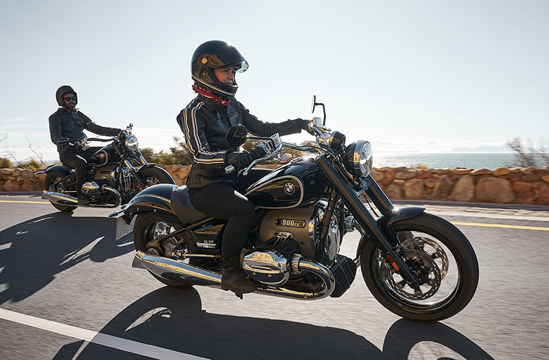 new motorcycle review 2021 BMW R 18 first edition woman rider