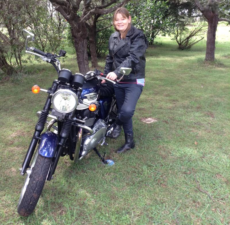 your motorcycles tweaks to triumph bonneville se 865