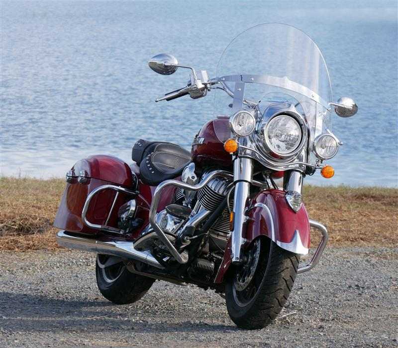 review 2016 2017 indian motorcycle springfield chrome
