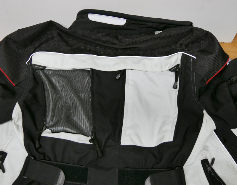 affordable techncial 4 season motorcycle riding suit back vent