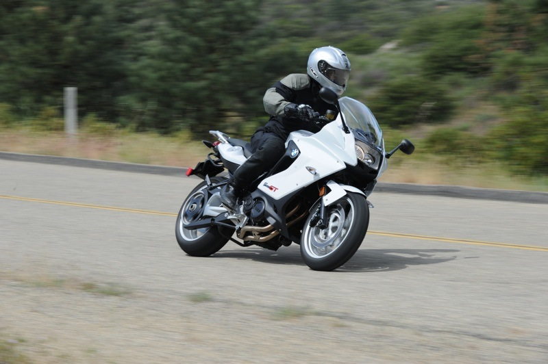 BMW F 800 GT Review Cruising