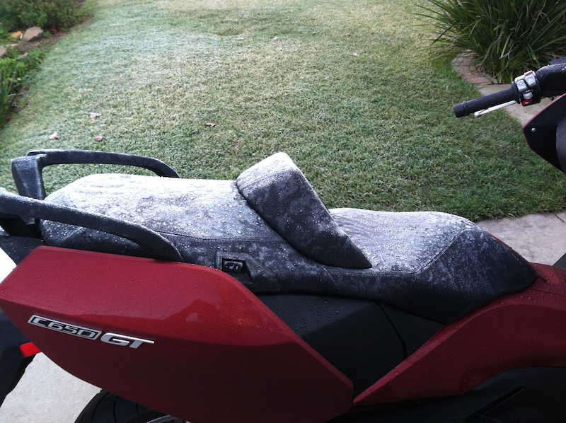 BMW C 650 GT Review Seat Warmer