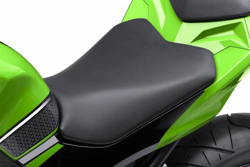 Kawasaki Ninja 300 Review Seat