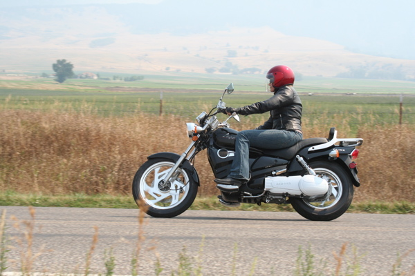 Review QLINK Legacy 250 Cornering