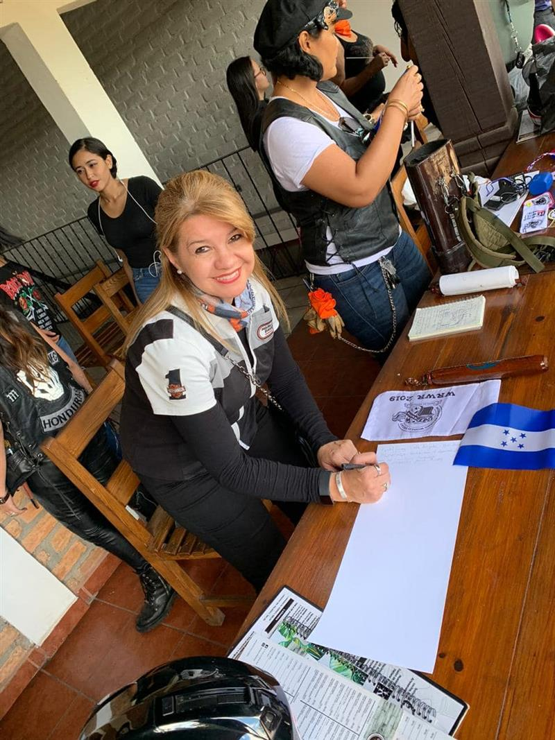 The Women Riders World Relay WRWR Hits the American Road Signatures