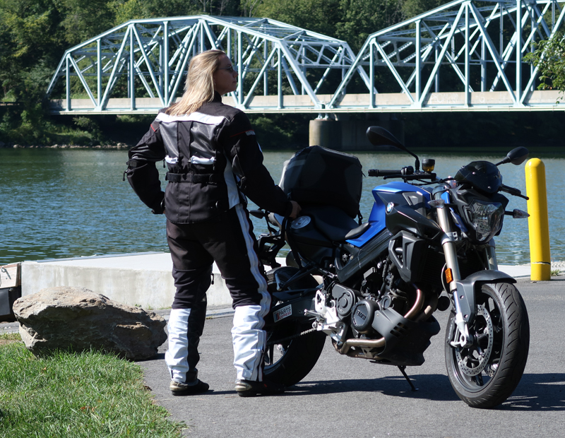 affordable techncial 4 season motorcycle riding suit BMW f800r