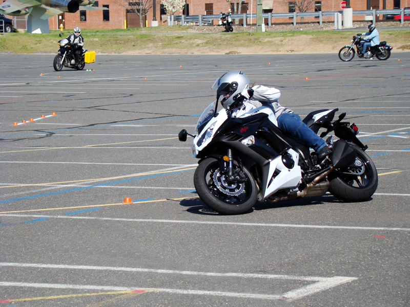 one day class for experienced riders msf advanced ridercourse corner swerve