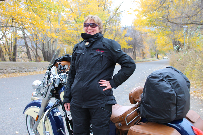 Review: Simple Waterproof Motorcycle Touring Pants Jacket Front Logo Embroidery