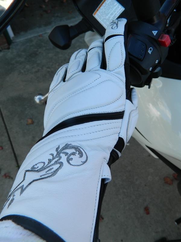Alpinestars Stella Tyla Gloves Review on Grip