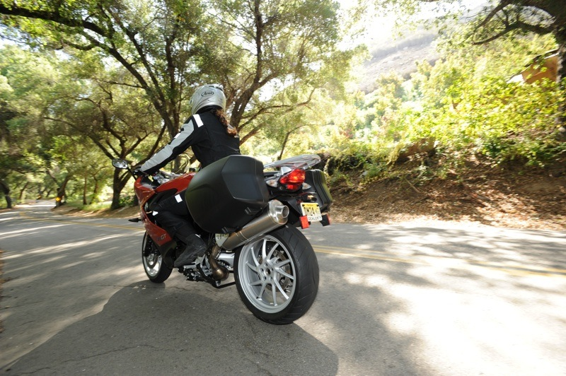 BMW F 800 GT Review Beginners