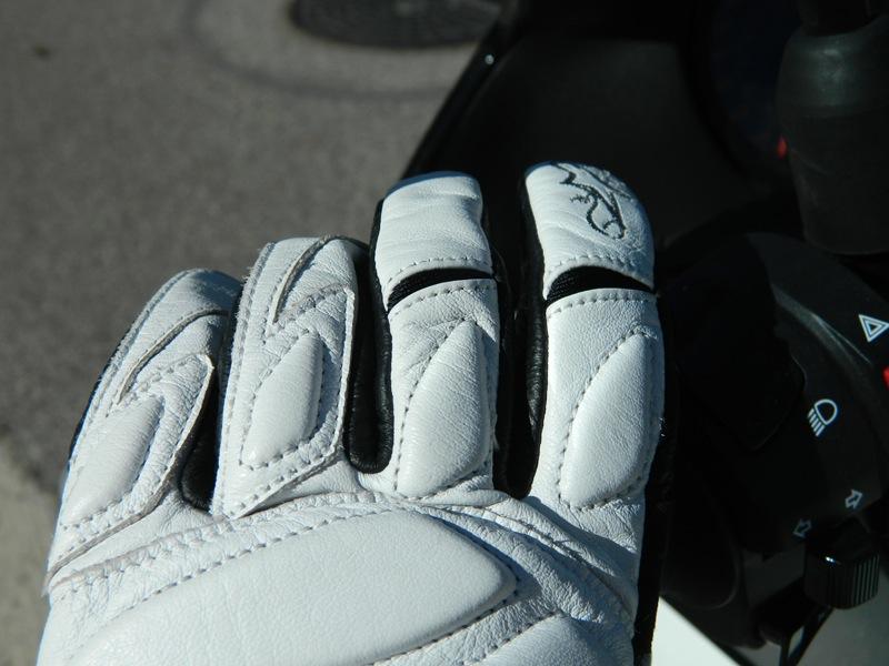 Alpinestars Stella Tyla Gloves Review Fingers