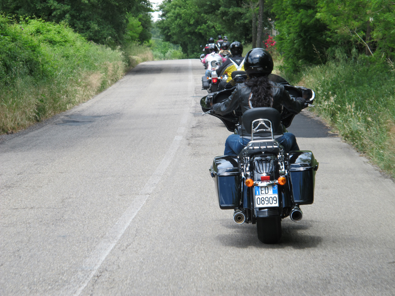 10 factors to consider best lane position on motorcycle single file
