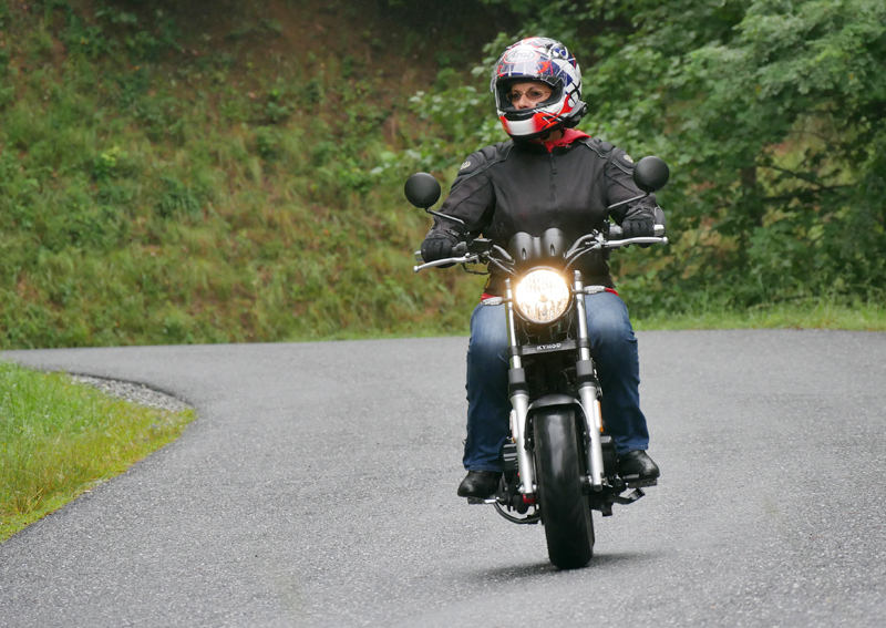 kymco spade 150 small motorcycles big fun front riding