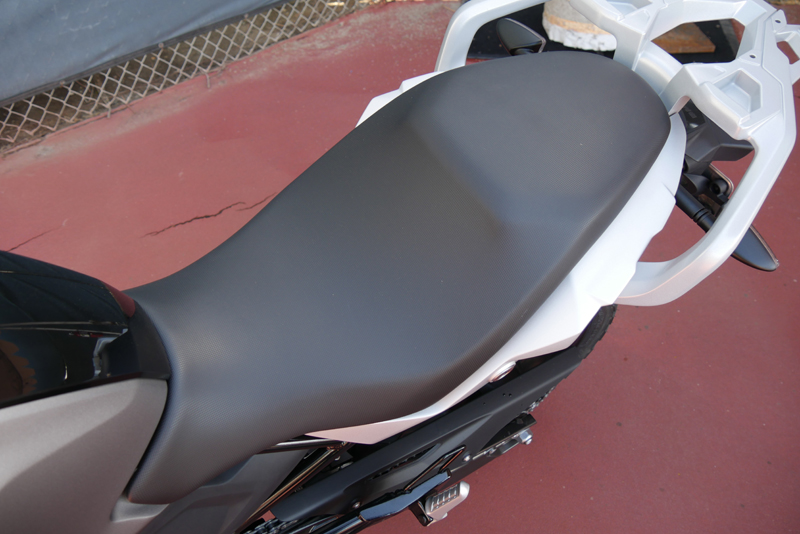 review bmw g 310 gs entry level dual sport one peice seat