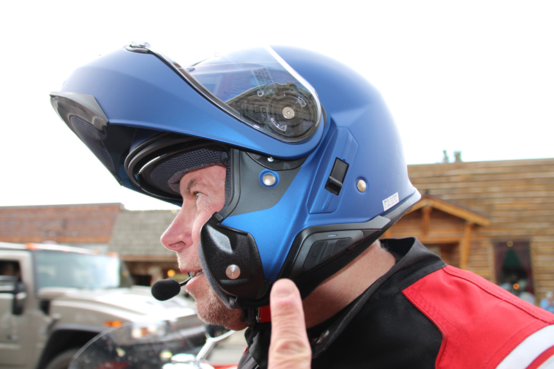 review shoei neotech ii with sena srl communication system buttons