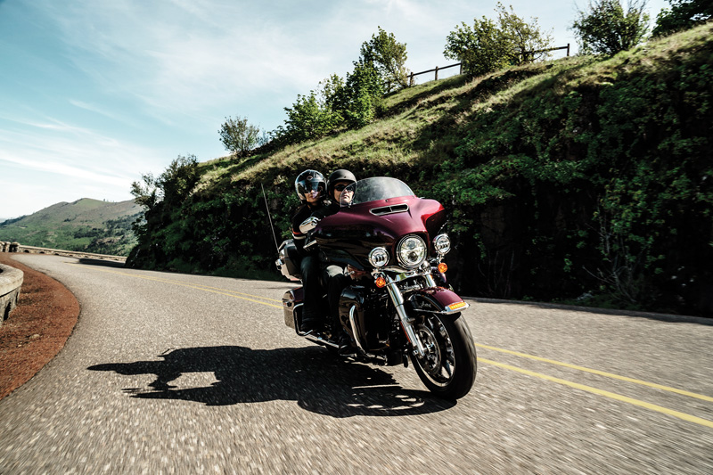 10 Motorcycles Were Excited About in 2015 Harley Davidson Ultra Limited Low