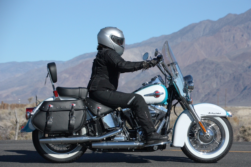 review 2016 harley davidson heritage softail classic woman riding full face helmet