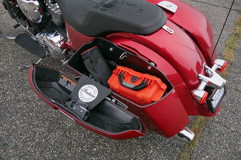 Review: 2019 Indian Motorcycle Chieftain Limited_saddlebag