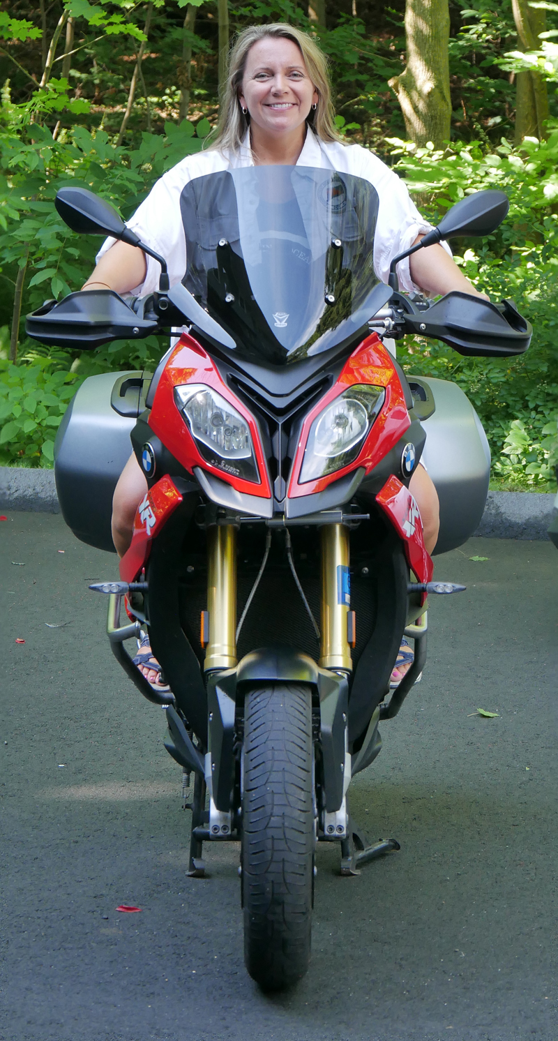 product_review_national_cycle_ZTechnic_VStream_motorcycle_windshield_short_down