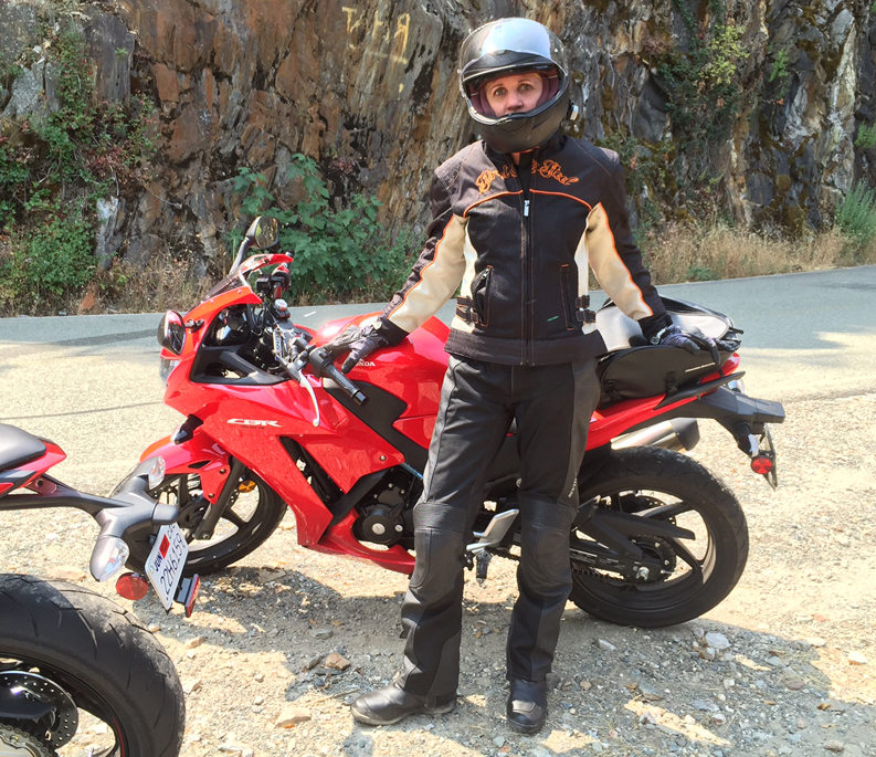 returning to motorcycling on a honda cbr300 sportbike jean