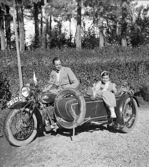 Honeymooning by motorcycle 1934 bsa sidecar