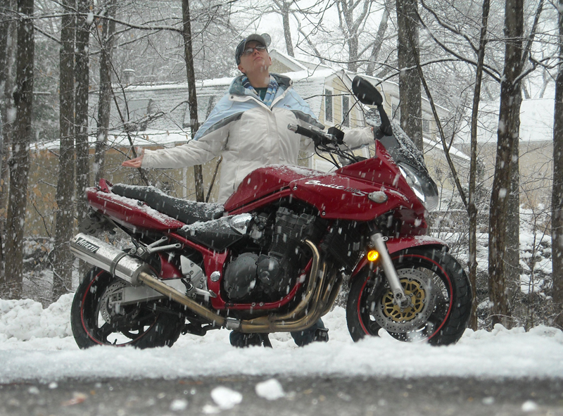 8 steps to prep your motorcycle for winter storage snowy bandit
