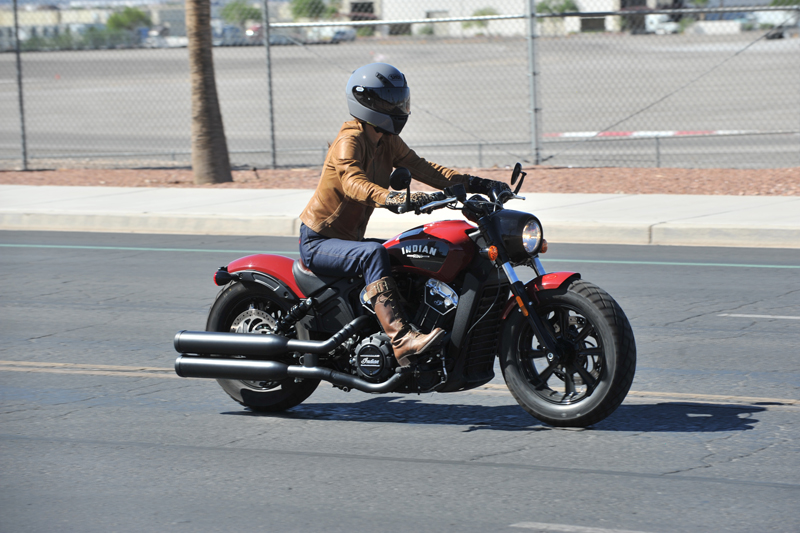 review 2018 indian scout bobber riding right