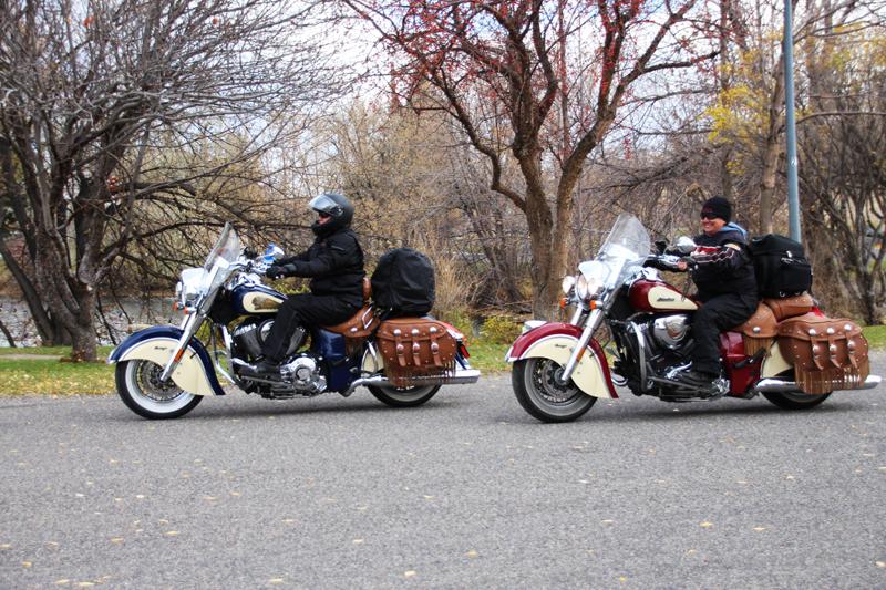 Review: Simple Waterproof Motorcycle Touring Pants Jacket Biker Friends