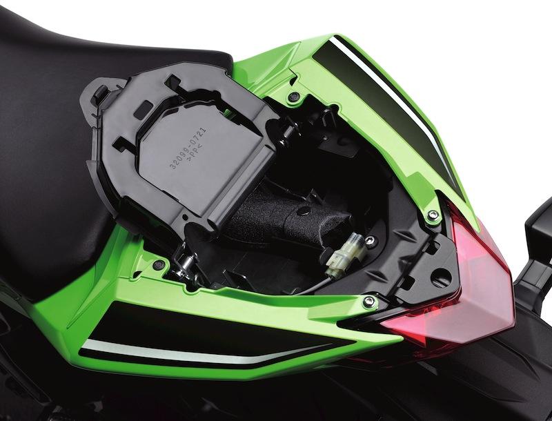 Kawasaki Ninja 300 Review Seat Cowl