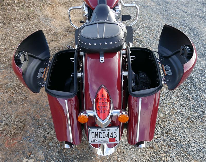 review 2016 2017 indian motorcycle springfield open bags