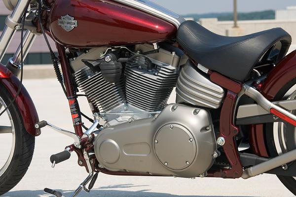 motorcycle review harley davidson rocker oil tank