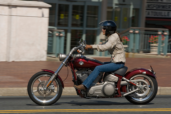 motorcycle review harley davidson rocker