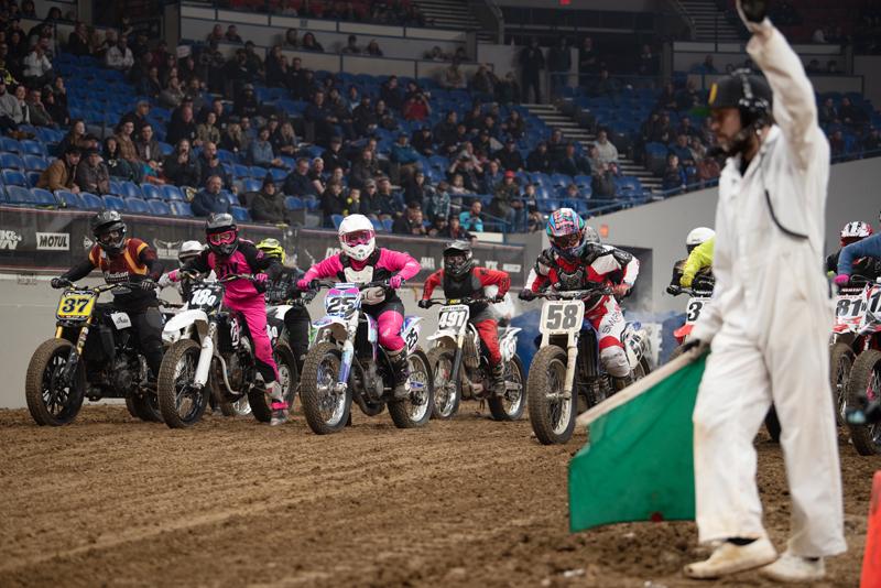 one moto show flat track race