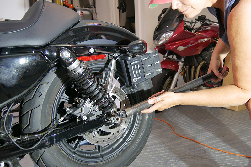 Top_10 Top 10 DIY Garage Tips for Women Who Work on Their Own Motorcycles Hollow Torque Bar