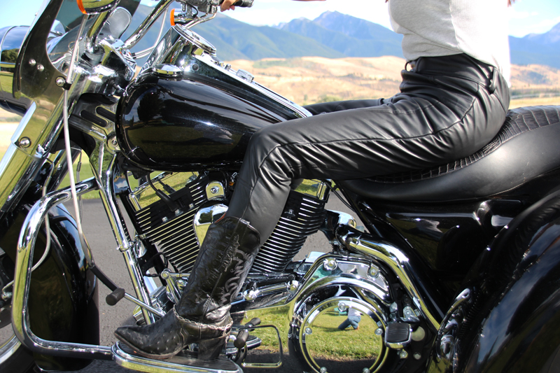 abrasion resistant jeggings to wear on your motorcycle stealthz