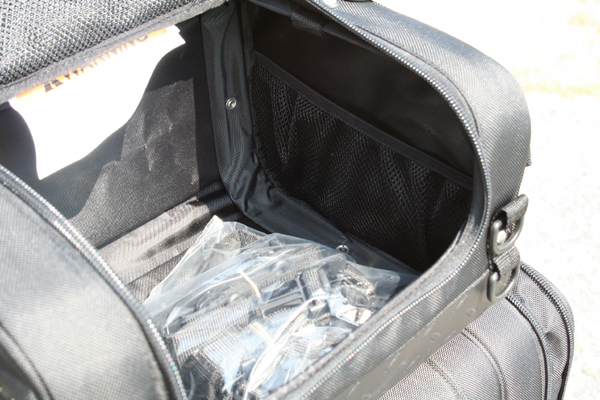 review dowco iron rider luggage roll bag inside