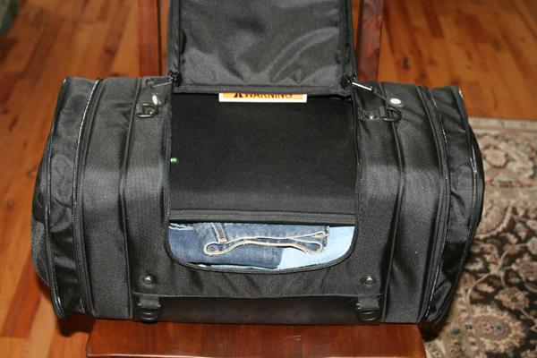 review dowco iron rider luggage main bag
