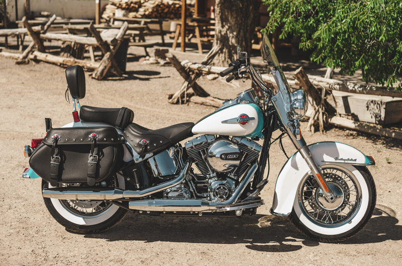 review 2016 harley davidson heritage softail classic right