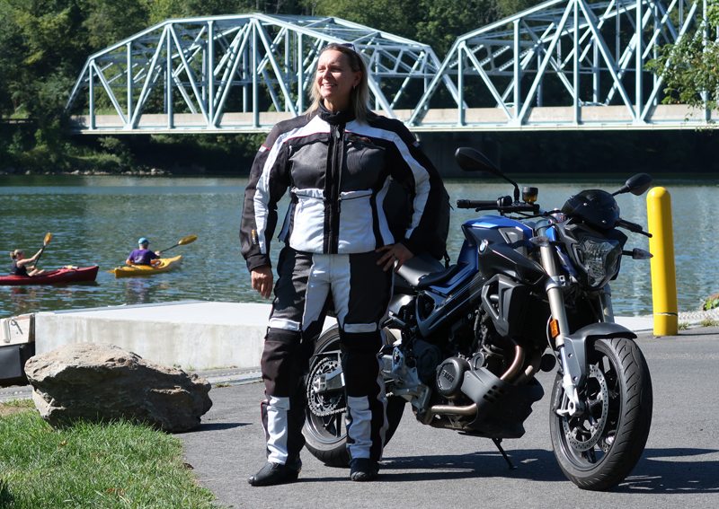 affordable techncial 4 season motorcycle riding suit olympia expedition