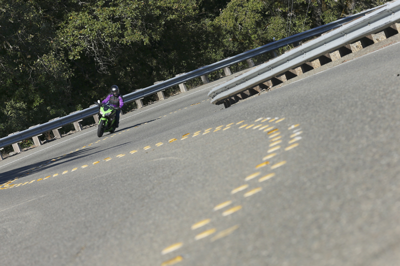 10 lane positioning tips motorcycle cornering clearance