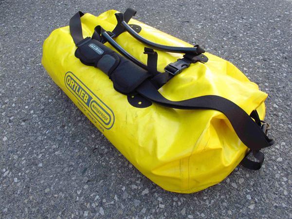 review waterproof duffle bag for motorcycle travel moto rack pack