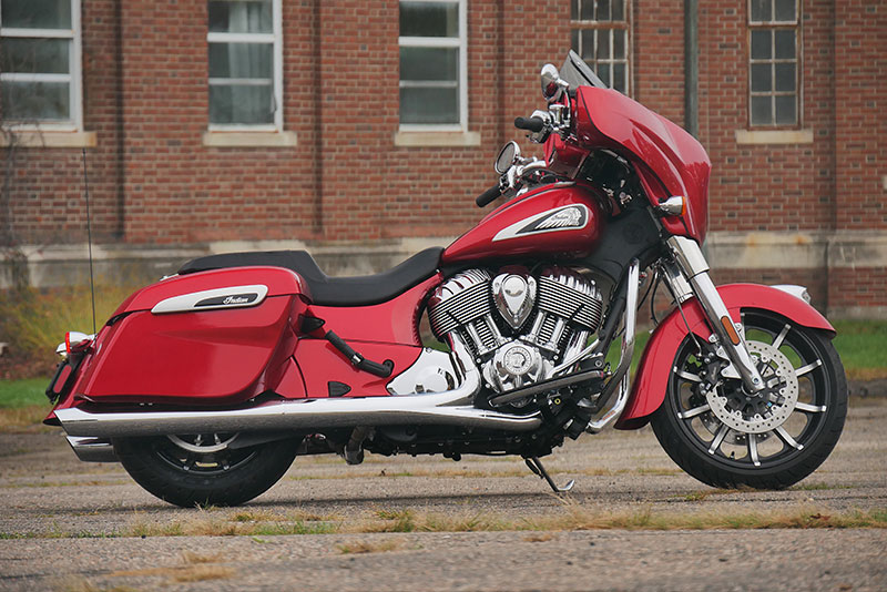 Review: 2019 Indian Motorcycle Chieftain Limited_right