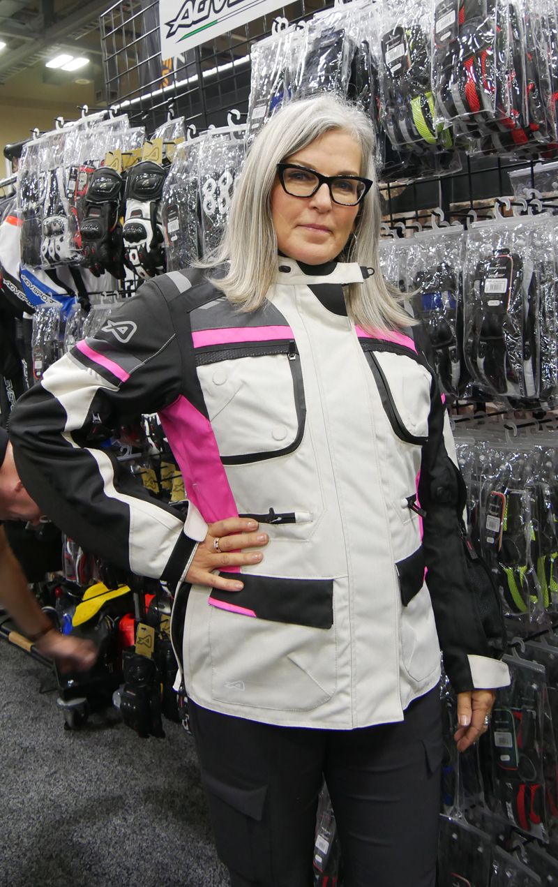 Women's Favorite Riding Gear, Products, and Accessories_mojave_jacket