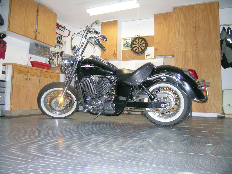 Top 10 DIY Garage Tips for Women Who Work on Their Own Motorcycles Racedeck