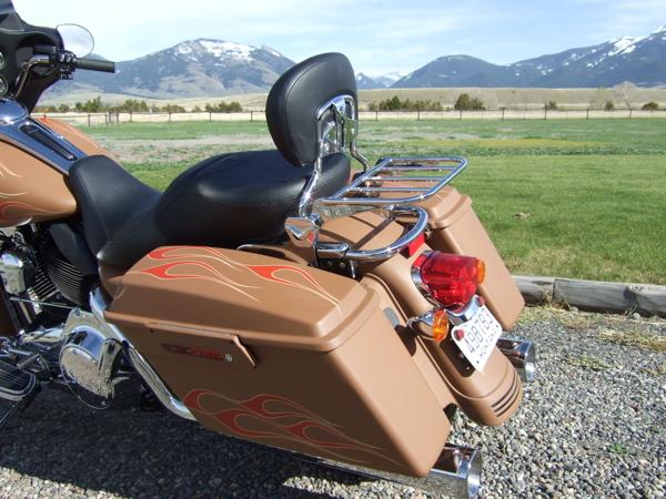 Customizing a Harley-Davidson Street Glide Back Rest
