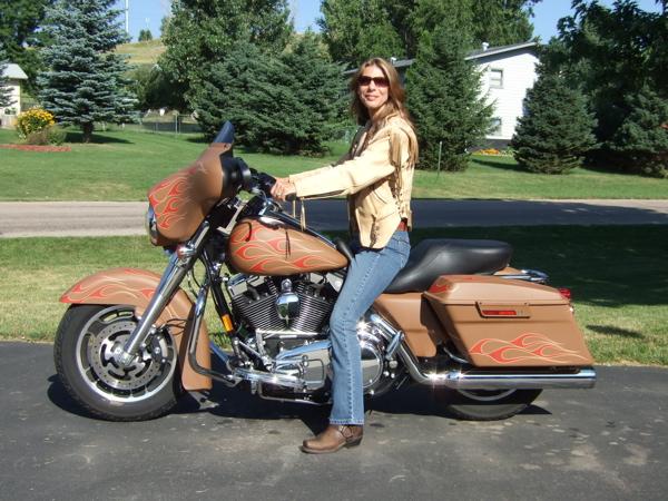 Customizing a Harley-Davidson Street Glide Seat Height