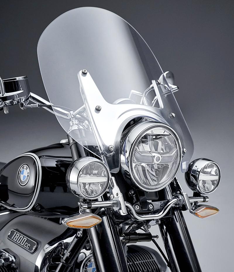 BMW touring model new R 18 classic cruiser windshield windscreen driving lights LED