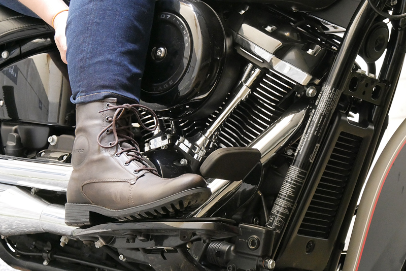 gear review tcx womens cafe race vintage motorcycle boots laces